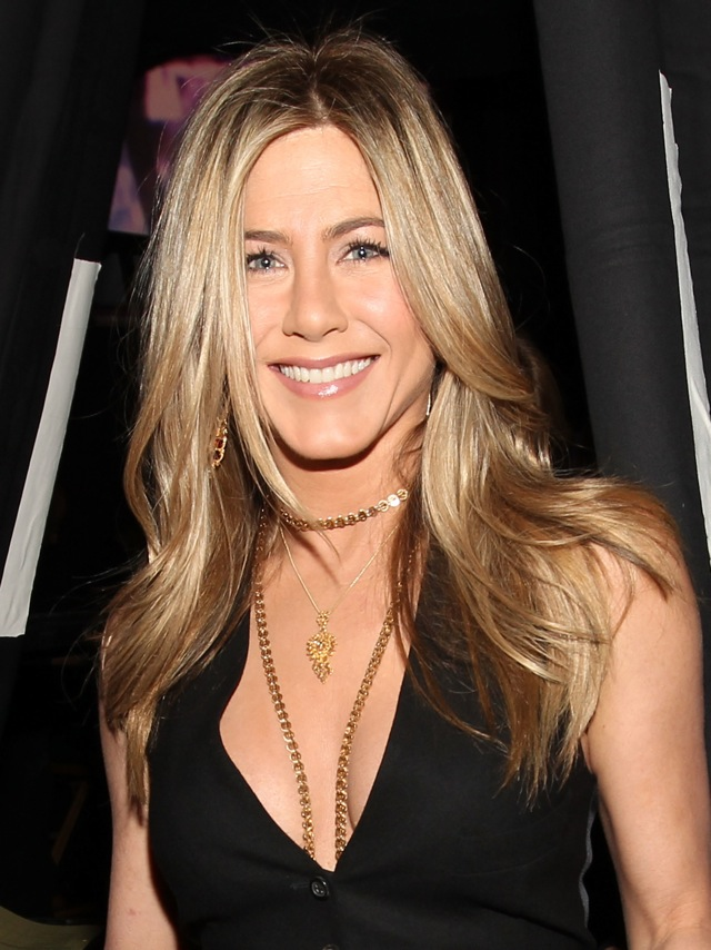 112637 12967411062 Jennifer Aniston Sold On Sephora   The Scent, That Is