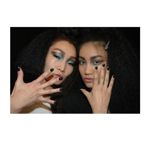 116087 12980599012 Runway Inspired Nails: 5 Of Our Favorite Trends For Fall 11