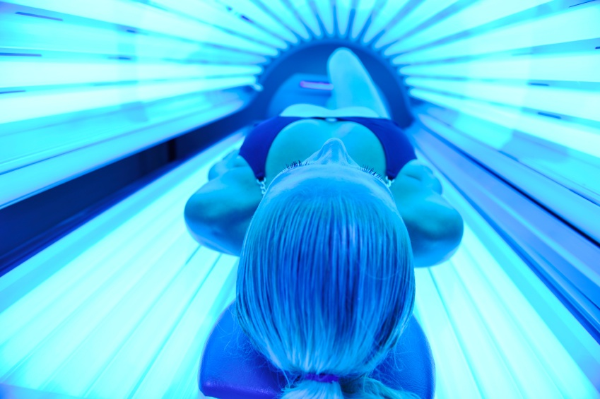 122753 13028966172 Should Teens Be Banned From Tanning Beds?