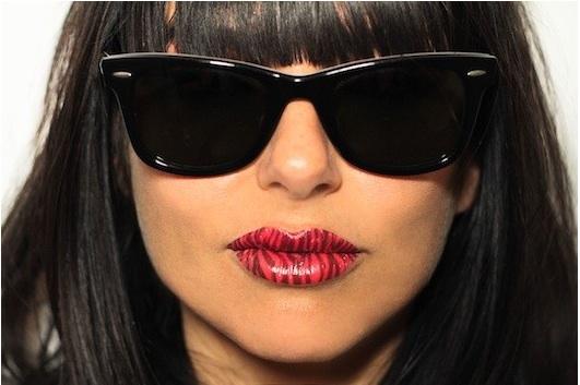125395 13045287852 Bizarre Beauty Fix: Temporary Lip Tattoos