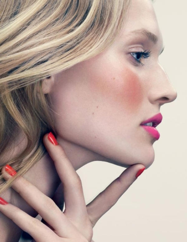 125424 13045369952 Beauty Editorial: Brilliant Brights In Elle France