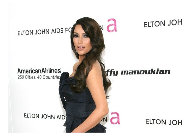 127496 13059129952 Details On Kardashian OPI, Daria Werborwy Doesnt Brush Hair