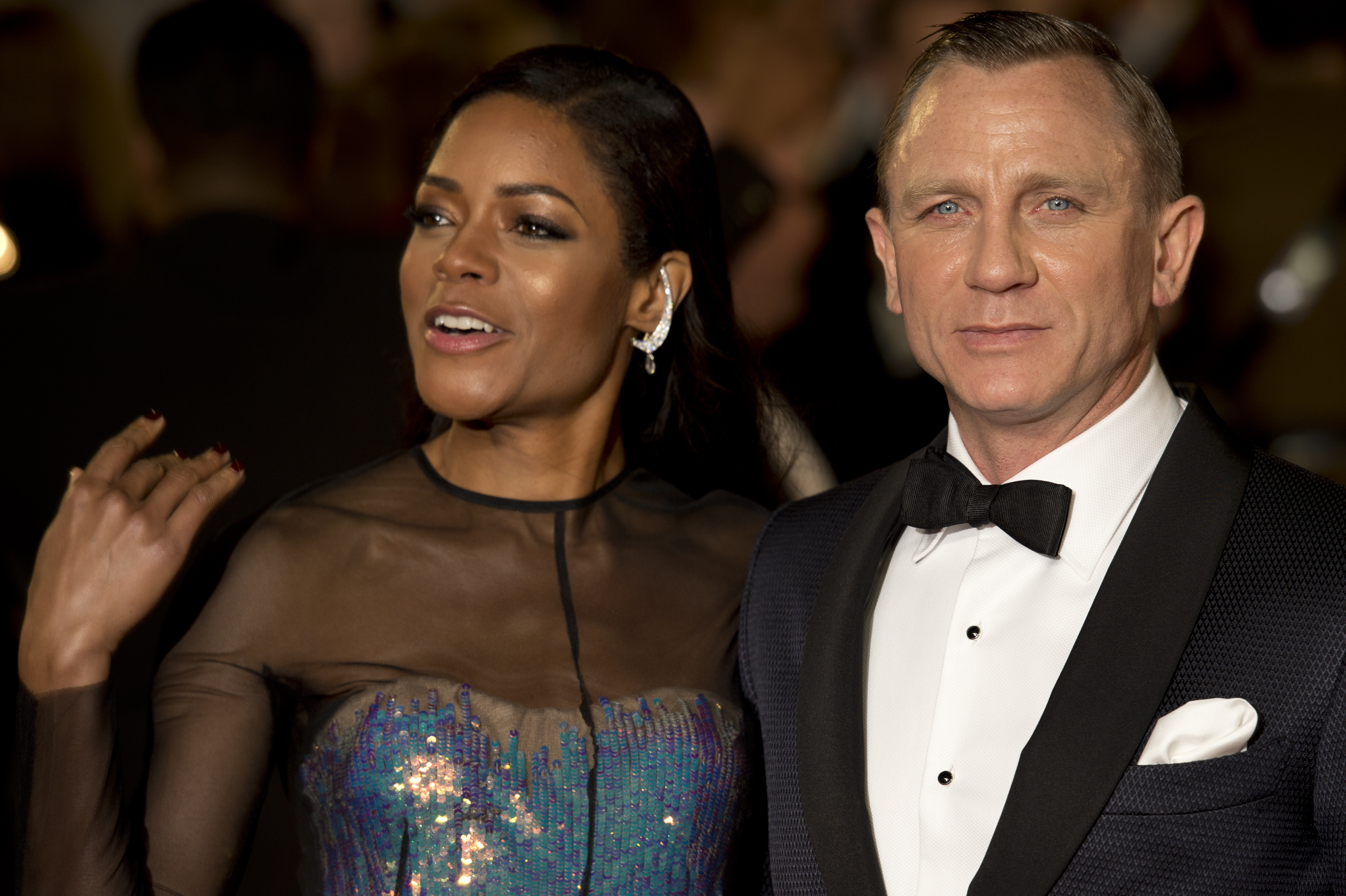 Beauty Highs Daily Top 10: Naomie Harris at Skyfall Premiere, Gel Manicures Could be Damaging, More