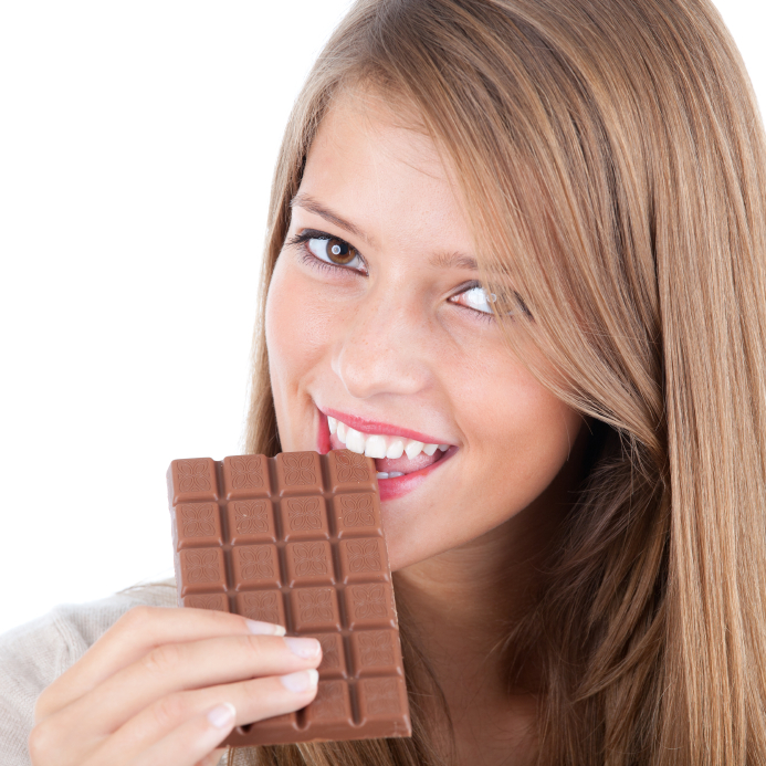 istock 000017402764small Beauty Mythbusters: Will Eating Chocolate Make Me Break Out?