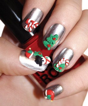 Celebrate the Holidays With These 3D Nail Designs