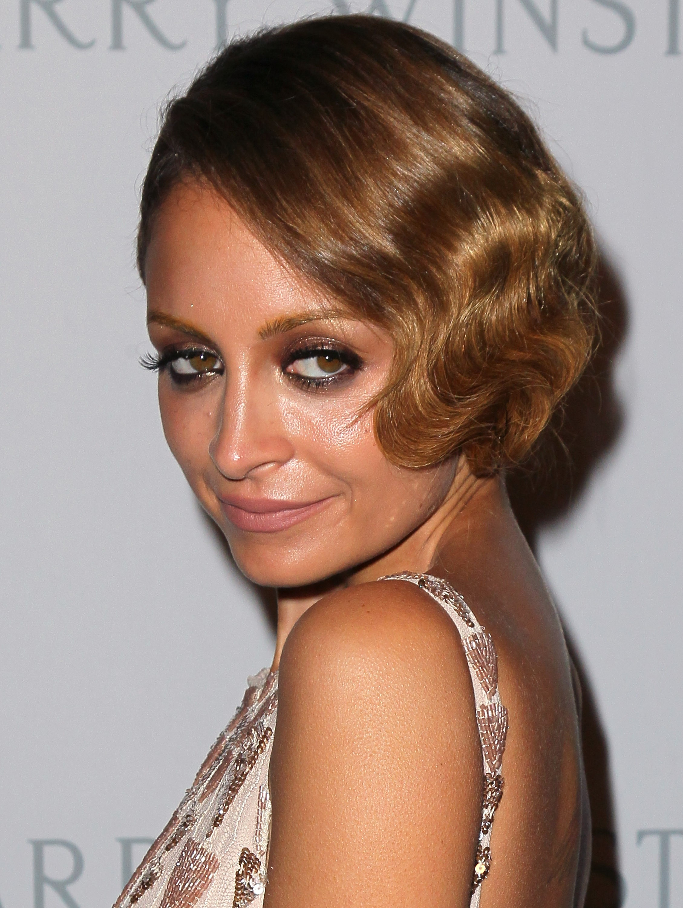 Beauty Buzz: Nicole Richies Faux Bob, Trendiest Nail Colors for Fall, More
