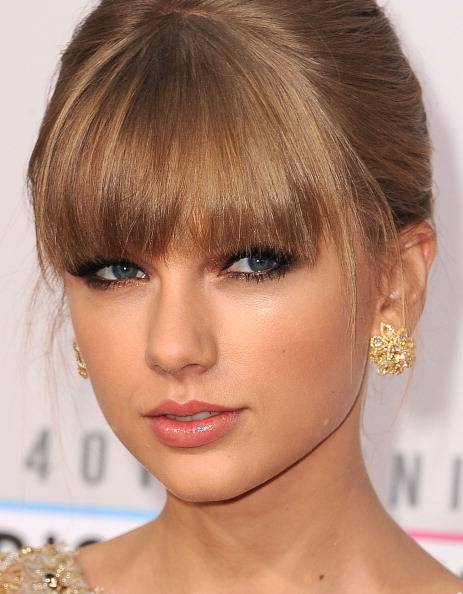 Get the Look: Taylor Swift at the AMAs