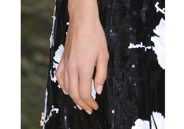 Chanel_Nails