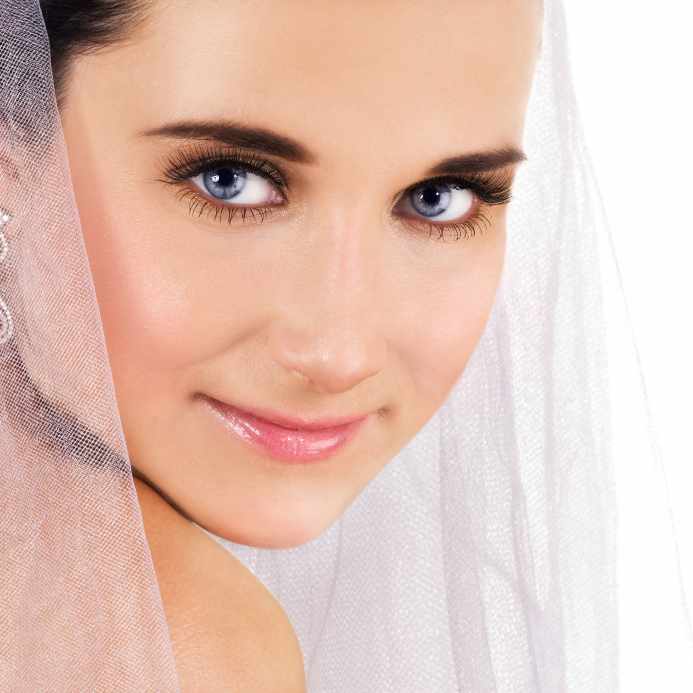 makeup mistakes to avoid on your wedding day