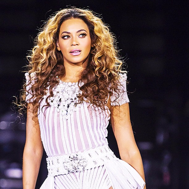 beyonce mrs. carter world tour