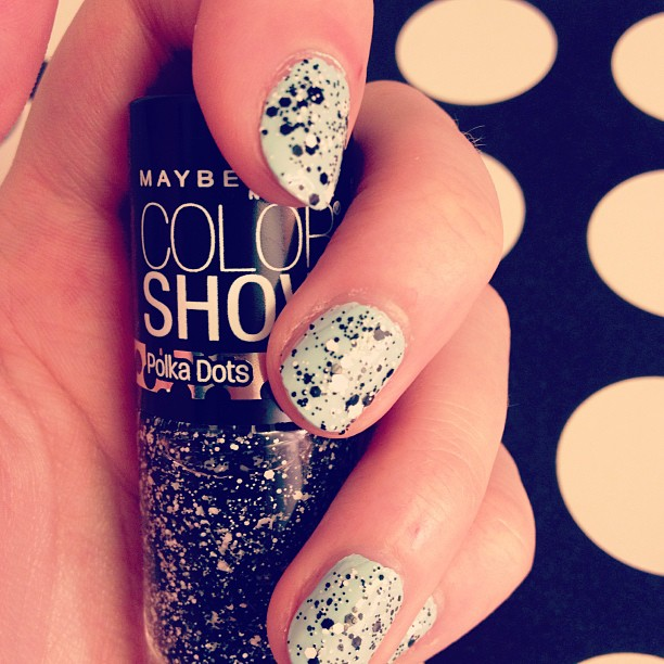Win Maybelline\'s Color Show Polka Dots and Holographic Nail Polish ...