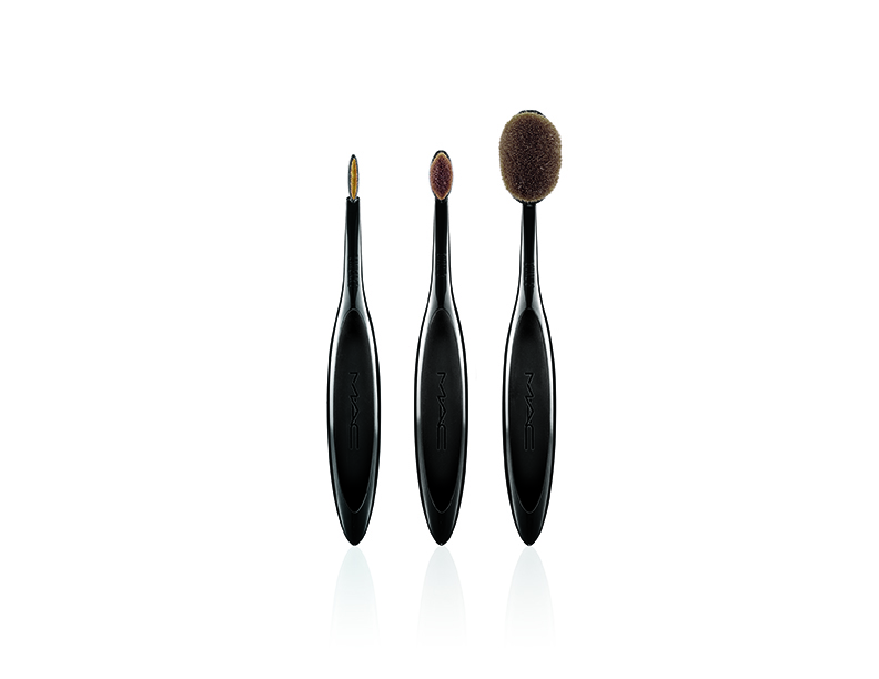 mac masterclass brush set