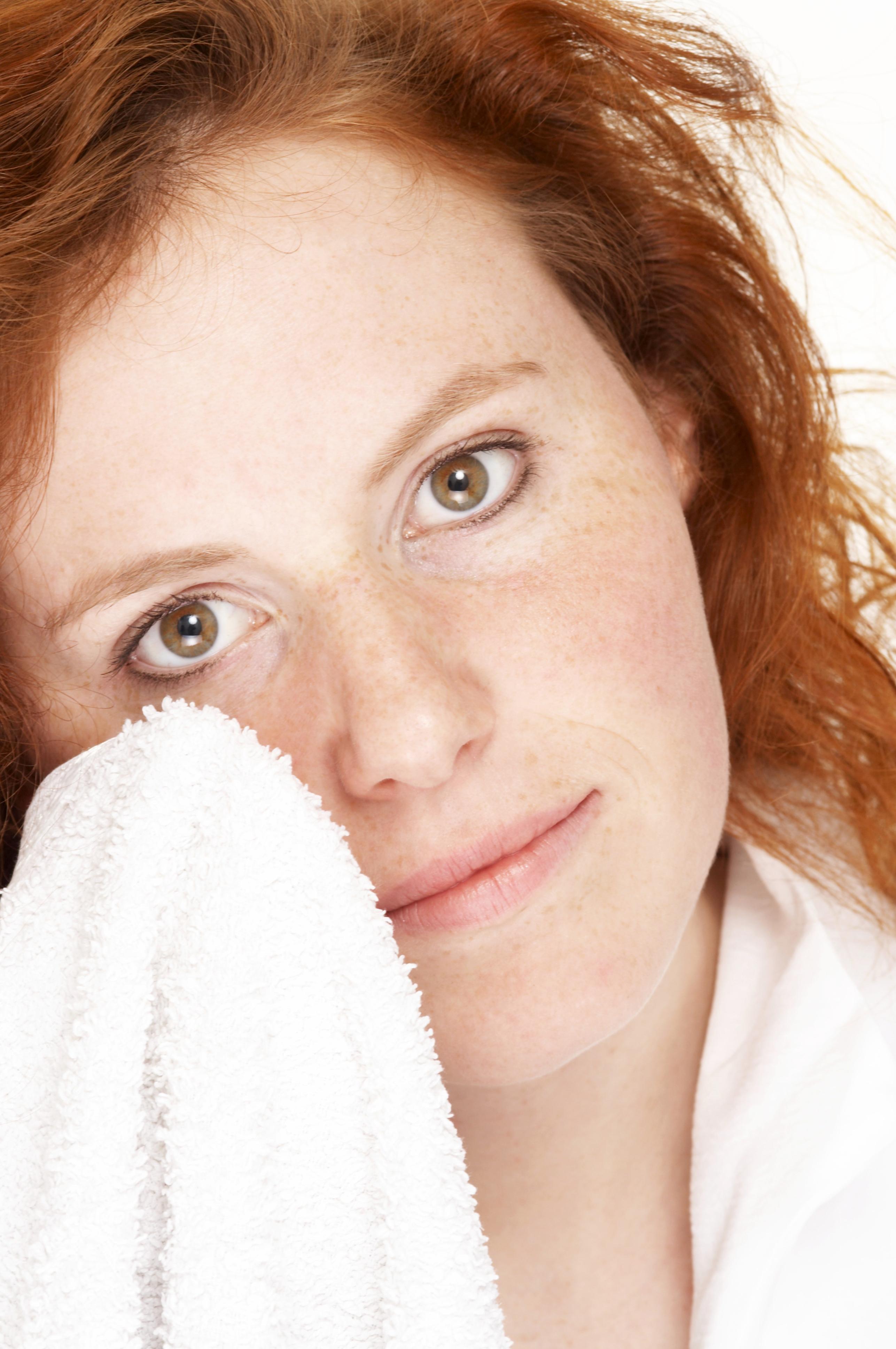 1308803881 How To Banish Skin Redness