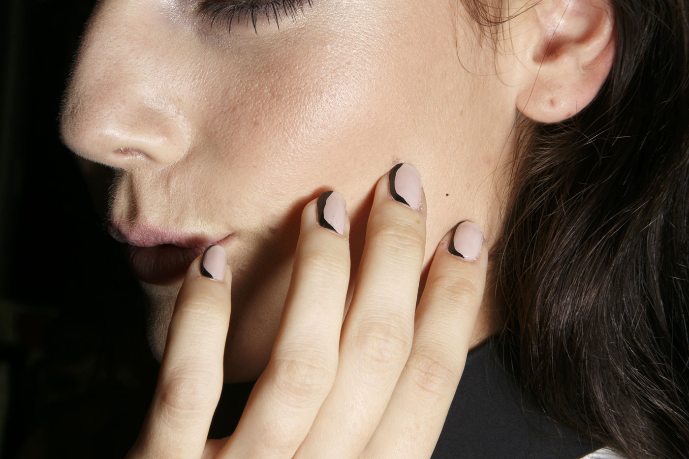 girl with nail art