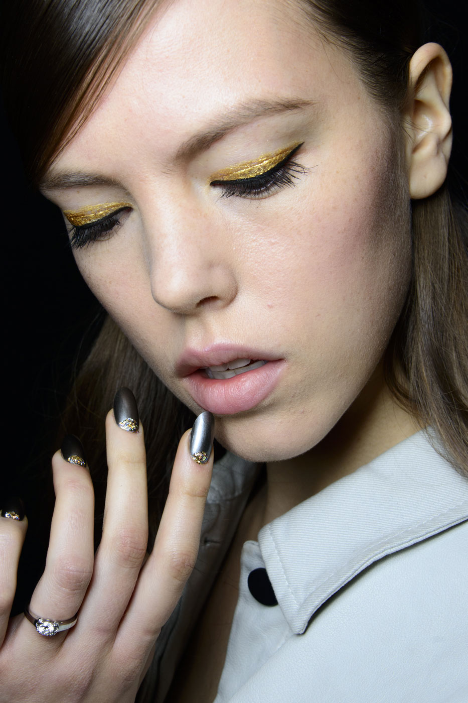 girl wearing gold eyeshadow
