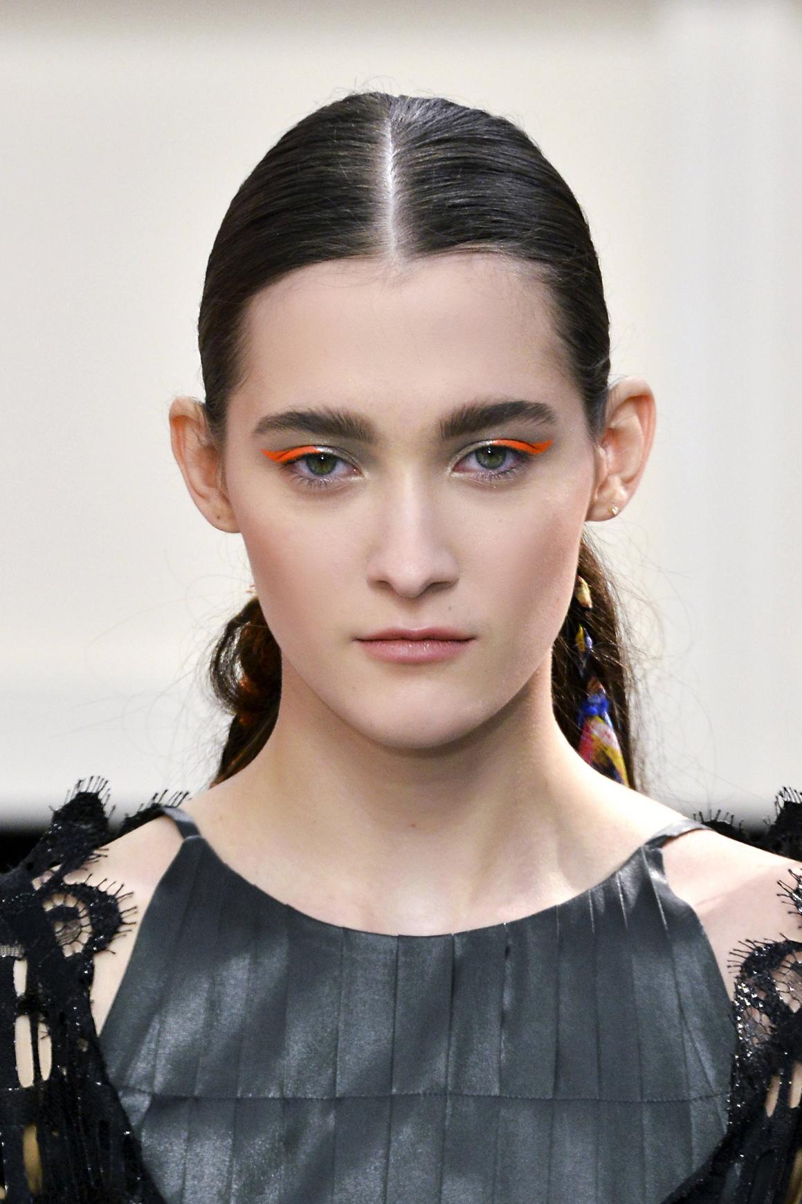 cat eye orange eyeliner