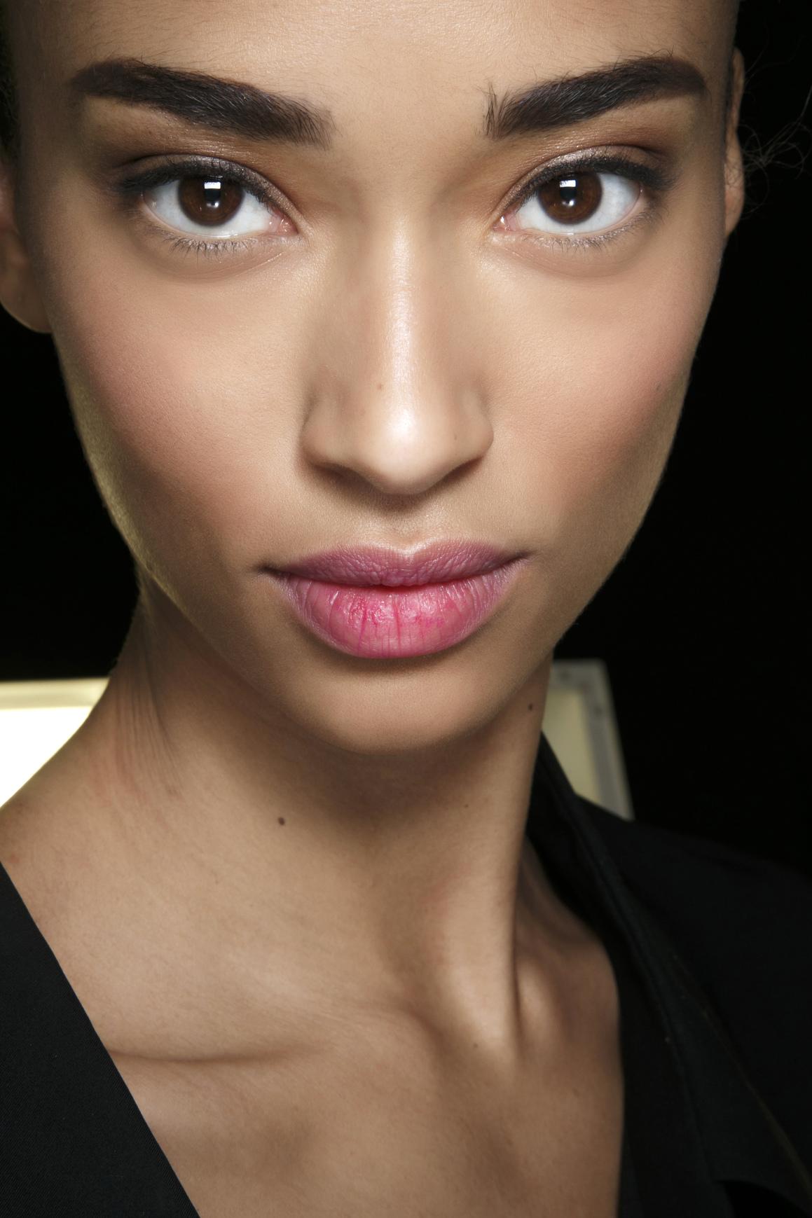bold eyebrows