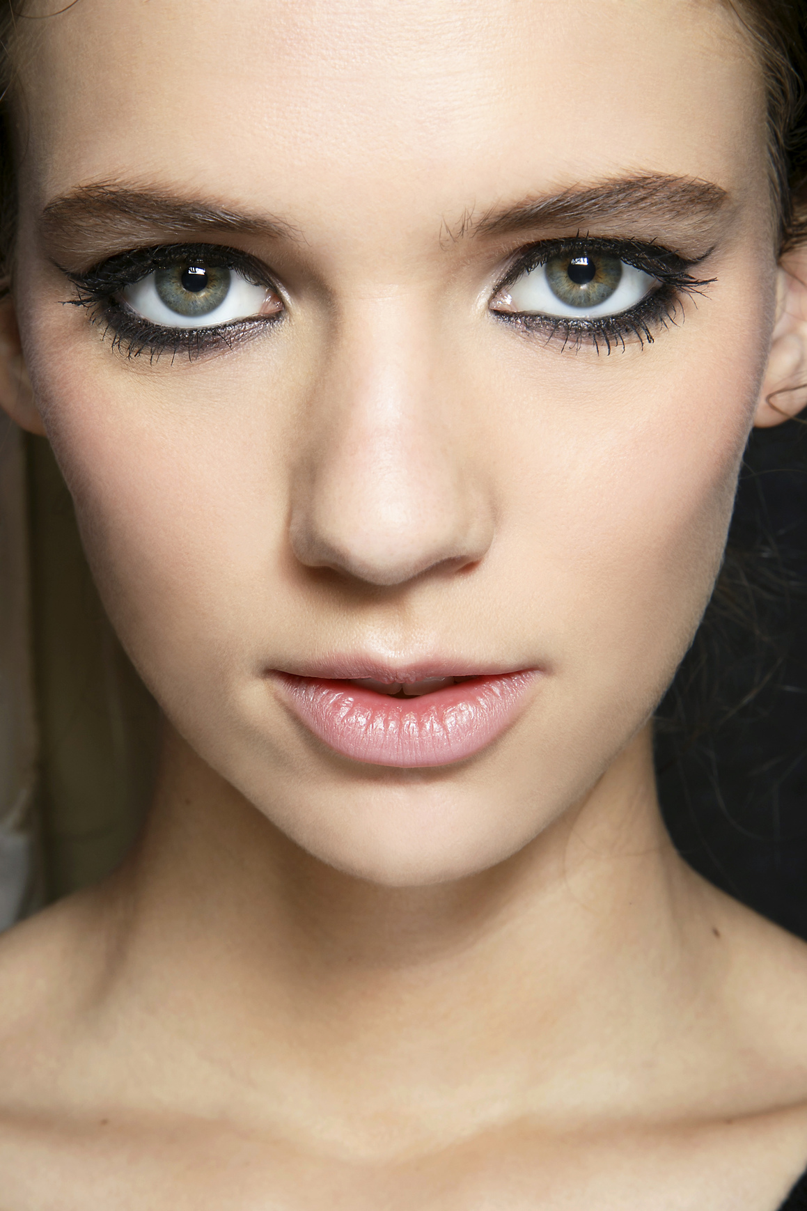 How to Apply Eyeliner: 12 Mistakes to Avoid  StyleCaster