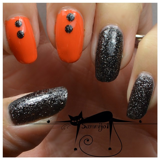 sammijo1 Easy Halloween Nail Art You Can Actually Pull Off At Home
