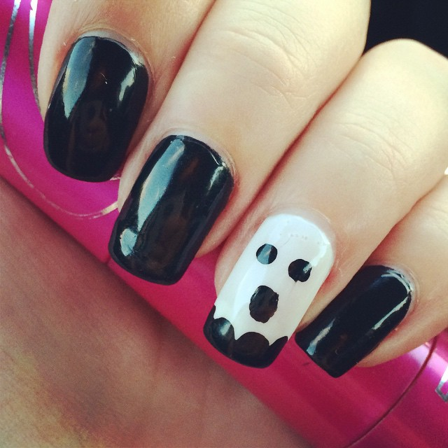 sandra rizo Easy Halloween Nail Art You Can Actually Pull Off At Home